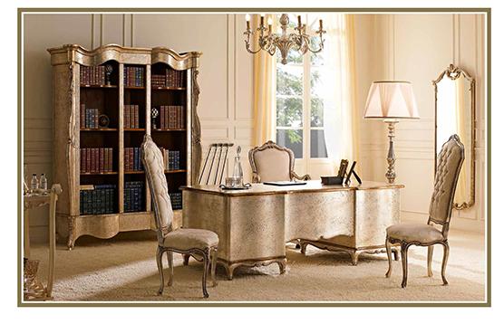 Andrea Fanfani 书桌
